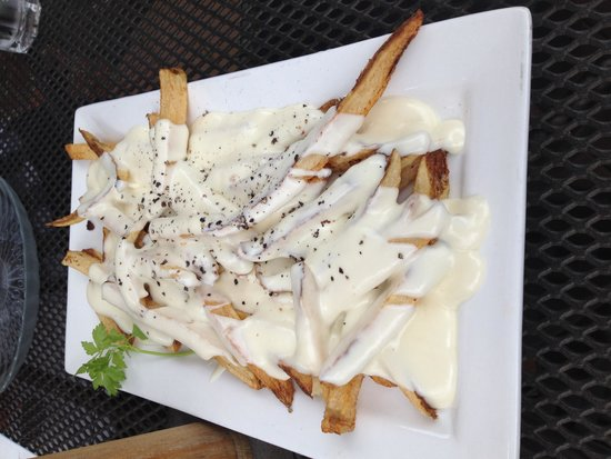 La Roe's Restaurant: Truffle fries