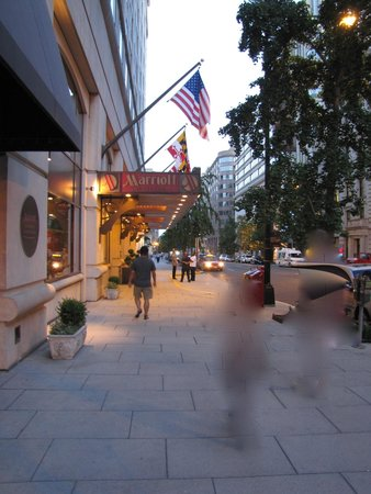 """Washington Marriott at Metro Center: View coming down from """"H"""" street"""