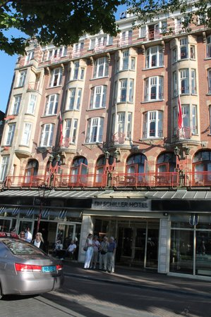 NH Amsterdam Schiller: frente do hotel