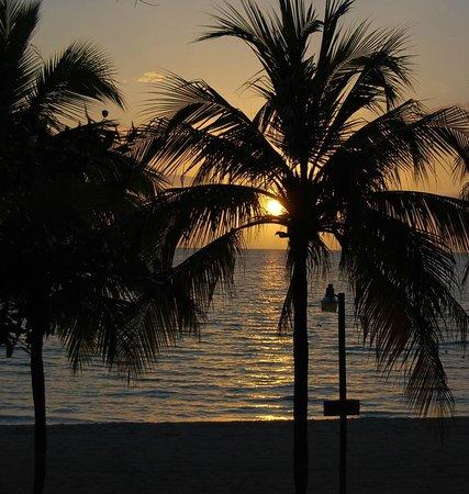 Nirvana on the Beach : Sunset - AMAZING!