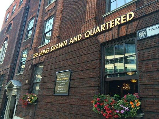 Cheval Three Quays: Nearby Pub