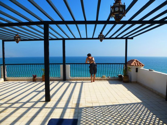 Dfrost Almugar Surf House Taghazout: view from the yoga terrace