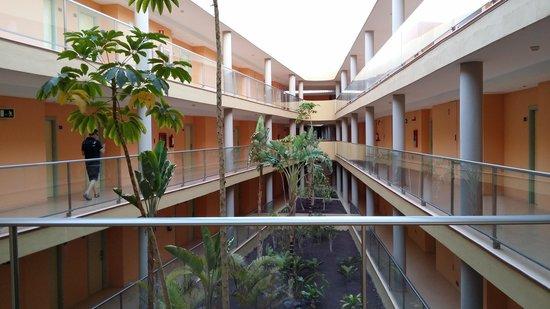 IBEROSTAR Playa Gaviotas Park: couloir intérieur pour accés aux chambres