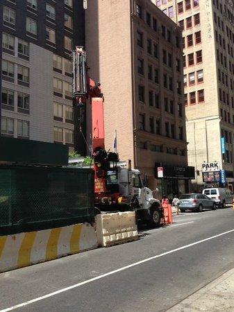 Hampton Inn Manhattan - Madison Square Garden Area : construction
