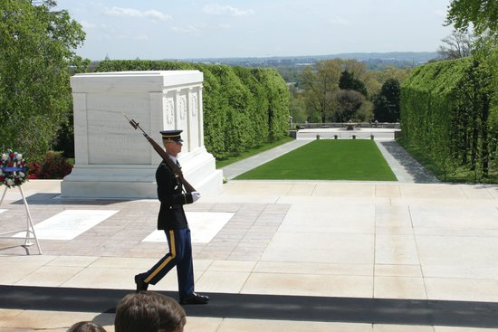 Arlington National Cemetery: The Tomb of the Unknowns - Changing of the Guard