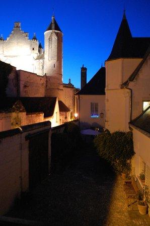 La Maison de l'Argentier du Roy: Street outside the gite