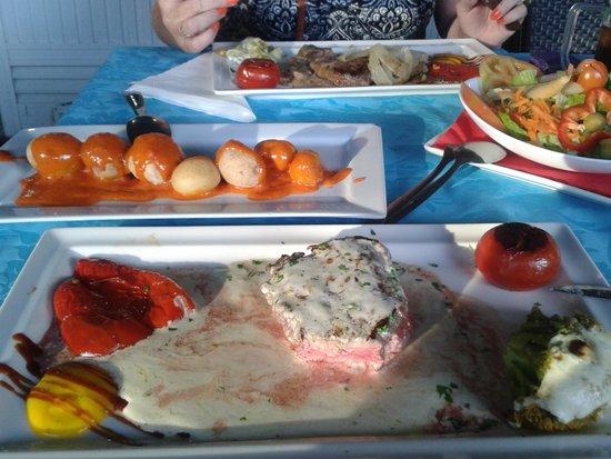 El Nublo : Steaks and Canarian potatoes: superb.