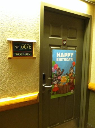 Great Wolf Lodge Grapevine : Happy Birthday Poster only five bucks for your child!