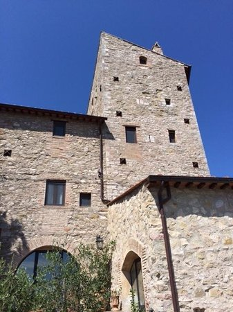 Torre Valbiancara Country House : The tower