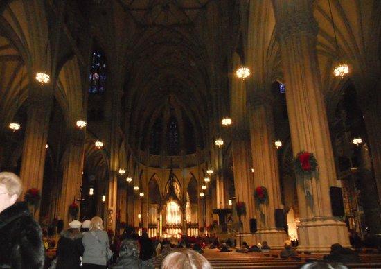 St. Patrick's Cathedral: Muito bonita