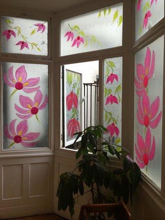 Scoop & Crumb : Window designs