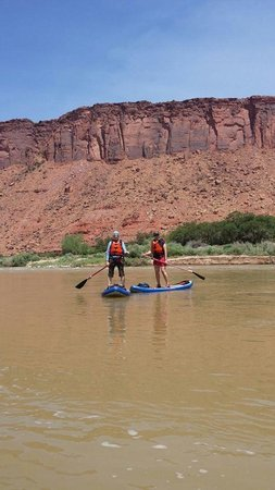 Paddle Moab - Day Tours: That's me on the left:)
