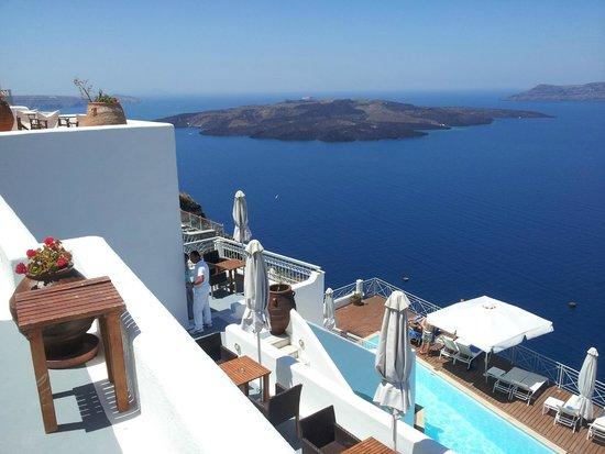 Athina Luxury Suites: Una de las vistas desde la habitación