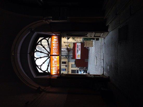 Krolestwo Pierozka: Entrance through the small tunnel