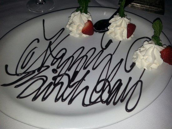 Olde Pink House Restaurant : Little treat they brought me for my bday