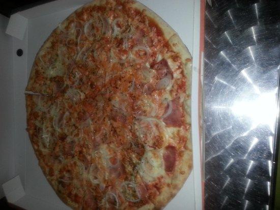 Terralta Apartamentos Turisticos: pizza