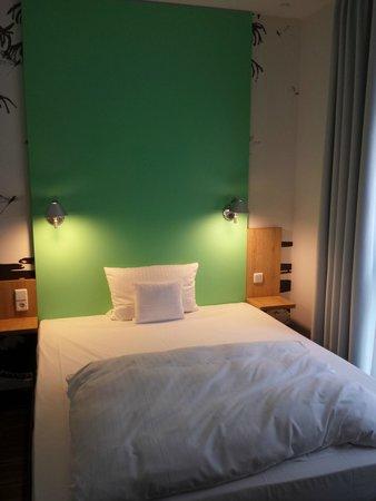 Grimm's Hotel: Camera
