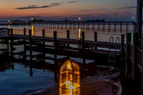 Capt Hiram's Resort: Dock at Dusk