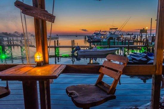 Capt Hiram's Resort: View from Restaurant to the Marina