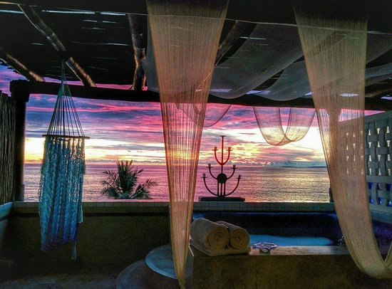 Villa Premiere Boutique & Romantic Getaway: Another amazing sunset from the room!