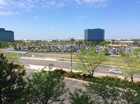 Embassy Suites by Hilton Minneapolis - Airport: View