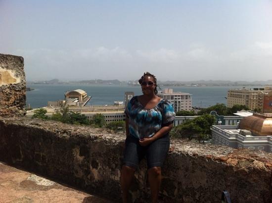 Historische Stätte/Festung von San Juan: view from the top over looking the city
