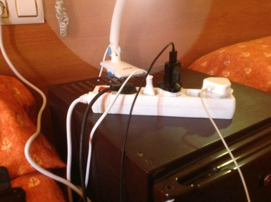 Santa Susanna Resort : i bought a extention cable as there was only 2 sockets in the room 1 for telly and one to fight