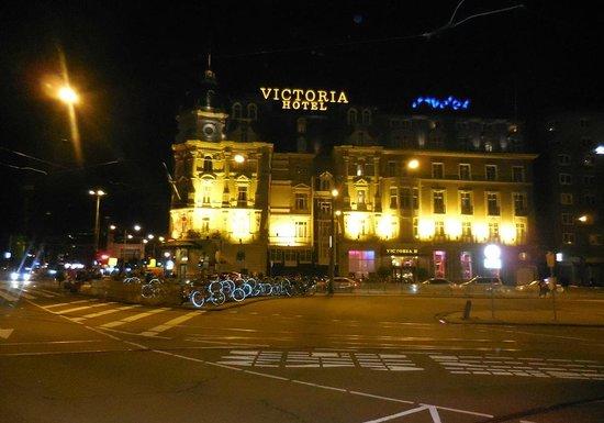Park Plaza Victoria Amsterdam : Plaza Victoria Exterior #2