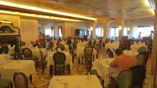 Aquila Rithymna Beach Hotel : Restaurant self