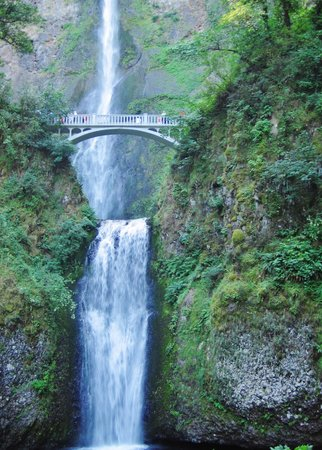 Columbia River Gorge National Scenic Area: Second falls