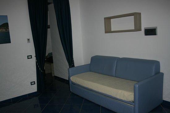 Astro Suite Hotel : Suite 201