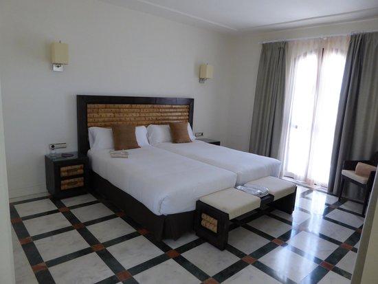 Hotel Suite Villa María: bed 1