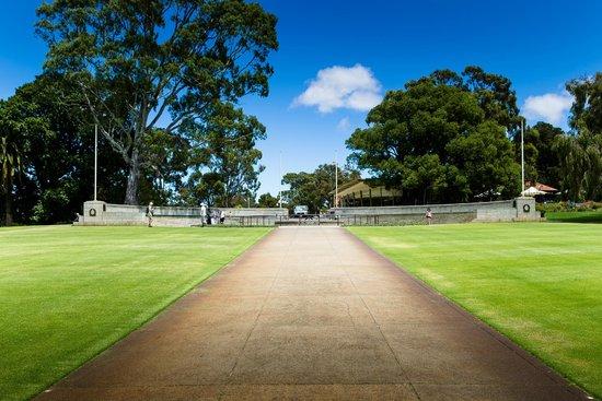Kings Park & Botanic Garden: greenspace