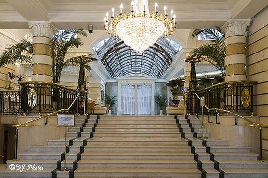 Ambassador Hotel : Hotel Lobby