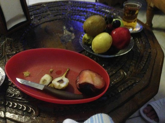 Sefa Hamam: Fruits were offered between sauna and massage