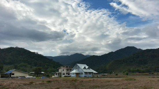 The Ngimat Ayu House: A farm house along the path