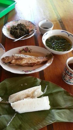 The Ngimat Ayu House Bario: Traditional Kelabit meal for lunch