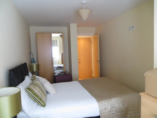 Luxe Serviced Apartments: 1 bedroom apartment bedroom