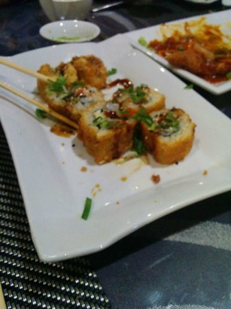 Me Too Sushi Buffet: Sushi