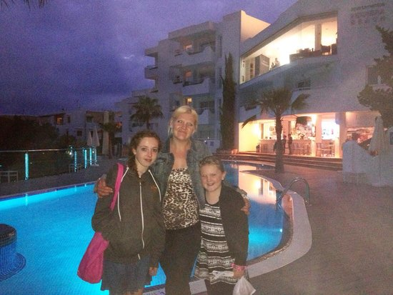 Ferrera Beach Apartments: Lovely family holiday