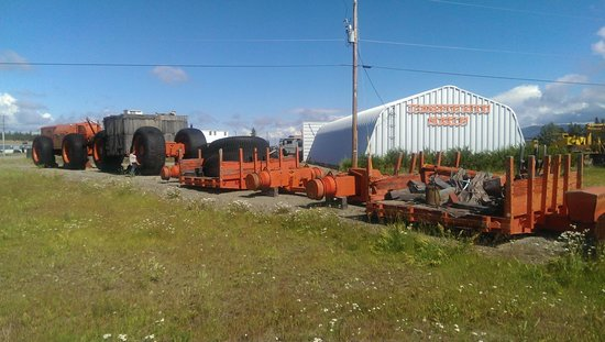 Yukon Transportation Museum : A monster truck (sorth off) used to transport stuff while building the Alaska Highway