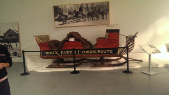 Yukon Transportation Museum : A sleigh used over the white pass