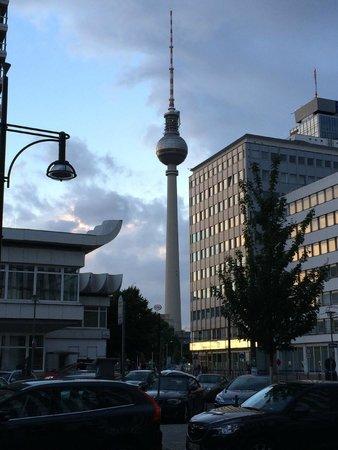 Holiday Inn Berlin Centre Alexanderplatz: Blick vom Hotel