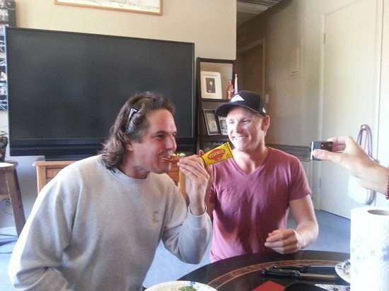 Red Rock Motel: Brady & Brett Australian Guests -Brady's 1st Vegimite Sandwich