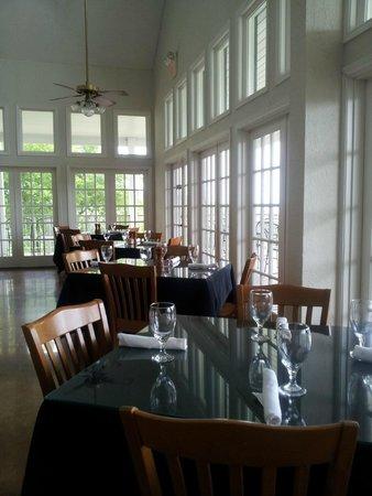 Alsatian Restaurant: Dining Room