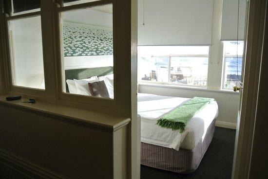 Seawall Apartments: Bedroom