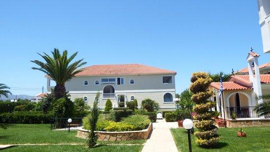 Marelen Hotel: grounds