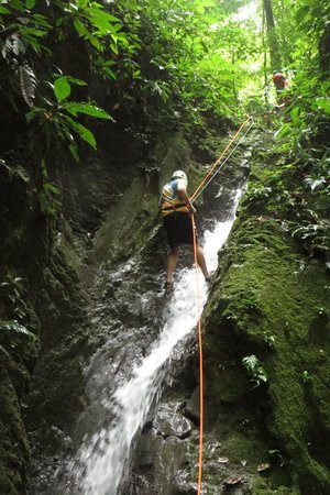 El Remanso Lodge : My son rappelling down waterfall