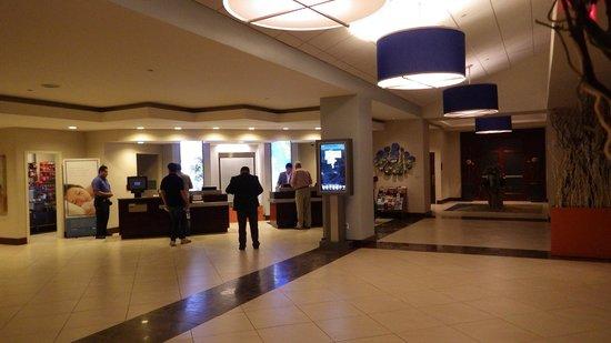 Hyatt Regency Dulles: Lobby