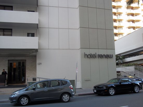 Hotel Renew : Streetscape